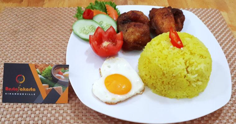 """Fried Chicken Yellow Rice """"Nasi Kuning Ayam Goreng"""""""
