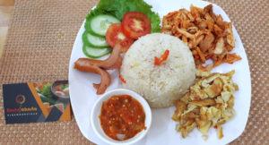 Nasi Uduk Ayam Suwir Balado